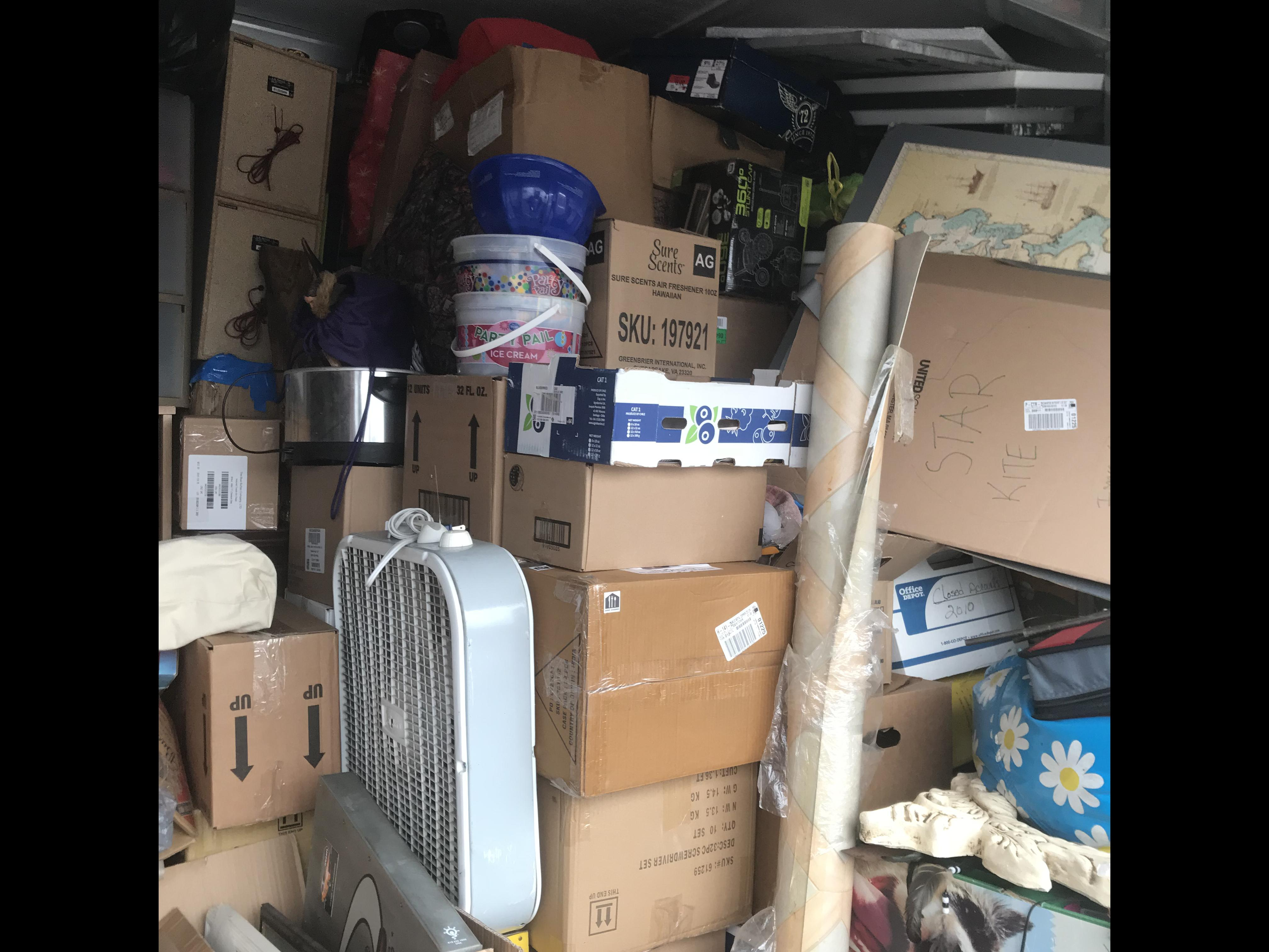 storage unit auctions carson city nv dandk organizer. Black Bedroom Furniture Sets. Home Design Ideas